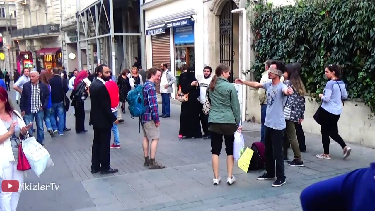Social Experiment- Blindfolded Man Offers Free Hugs