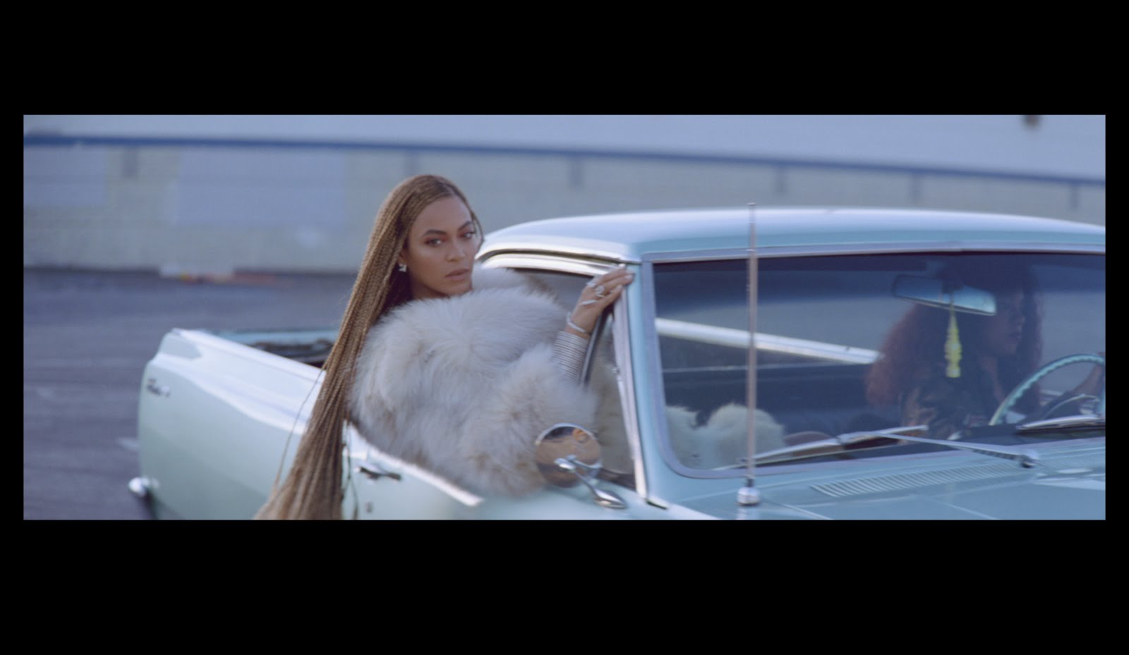 "Beyoncé Slays In New Suprise Video ""Formation""."