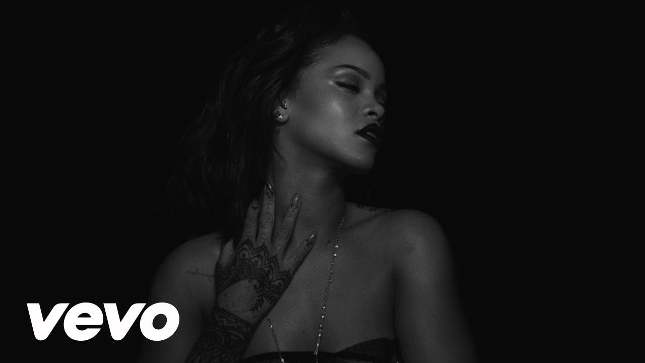 """More Nips From Rihanna As She Drops New Black-And-White Video For""""Kiss It Better"""""""